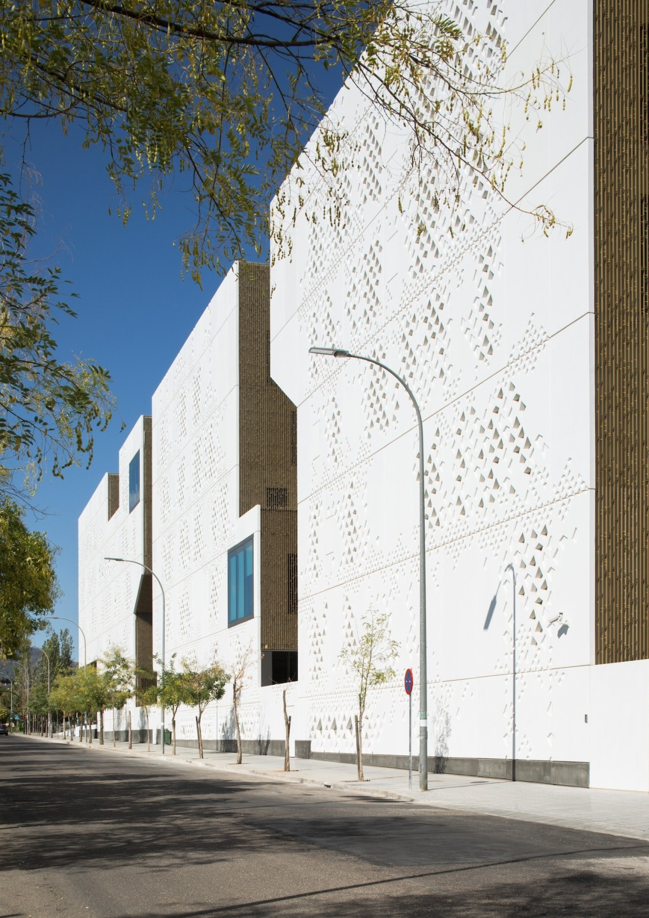 Palace of Justice building | Mecanoo + Ayesa architecture, building, facade, house, white