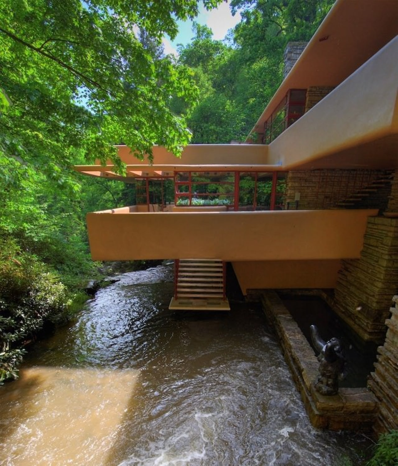 The terraces form a complex, overriding horizontal force architecture, house, property, real estate, tree, water, water resources, watercourse, brown, green