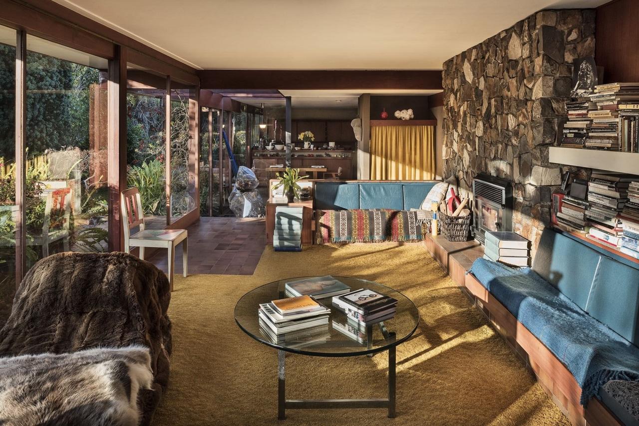 Uren House – Reginald Uren Architect home, interior design, living room, real estate, room, brown, black
