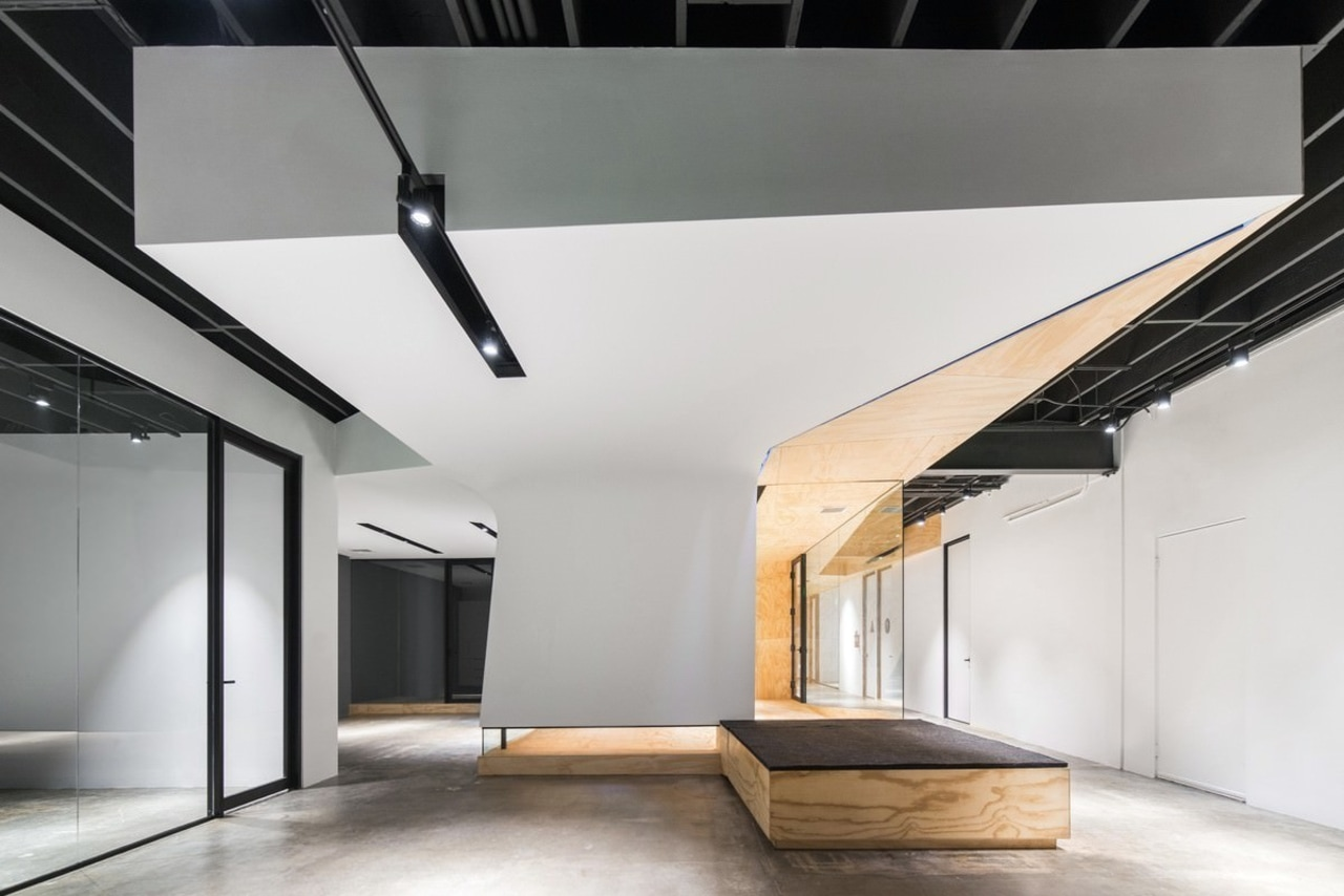 The office is made up of simple geometric architecture, ceiling, daylighting, house, interior design, loft, product design, white, gray