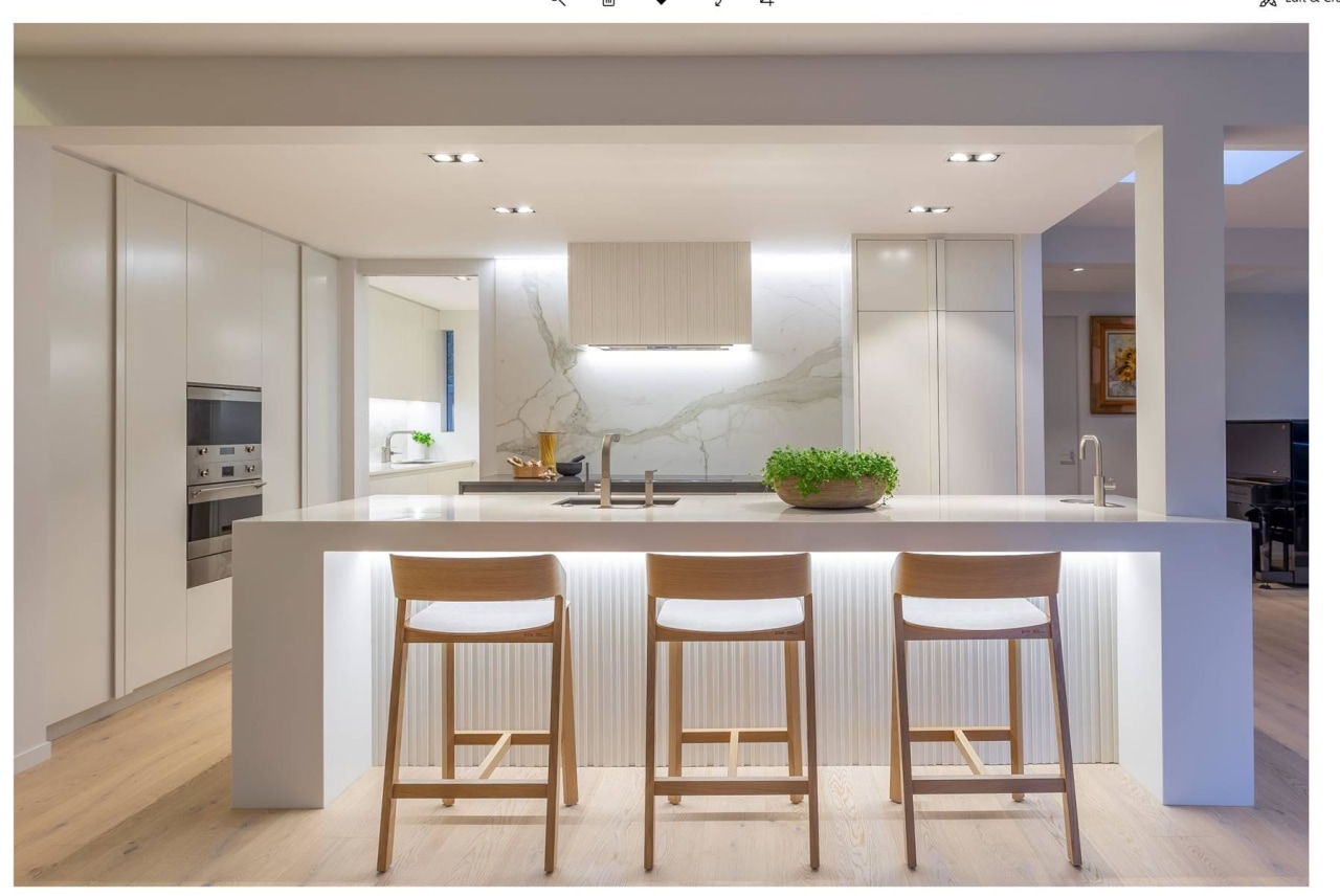 This white kitchen by Natalie Du Bois ideally