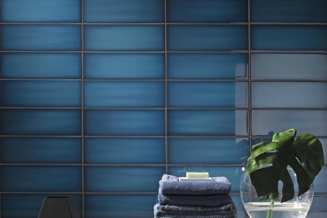 Slide Ocean 100x300 - architecture | blue | architecture, blue, daylighting, floor, green, home, house, interior design, shade, wall, wallpaper, window, window blind, window covering, window treatment, wood, blue