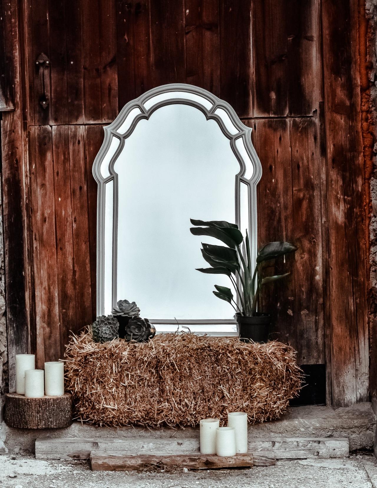 Mirror, mirror on the patio floor, who has