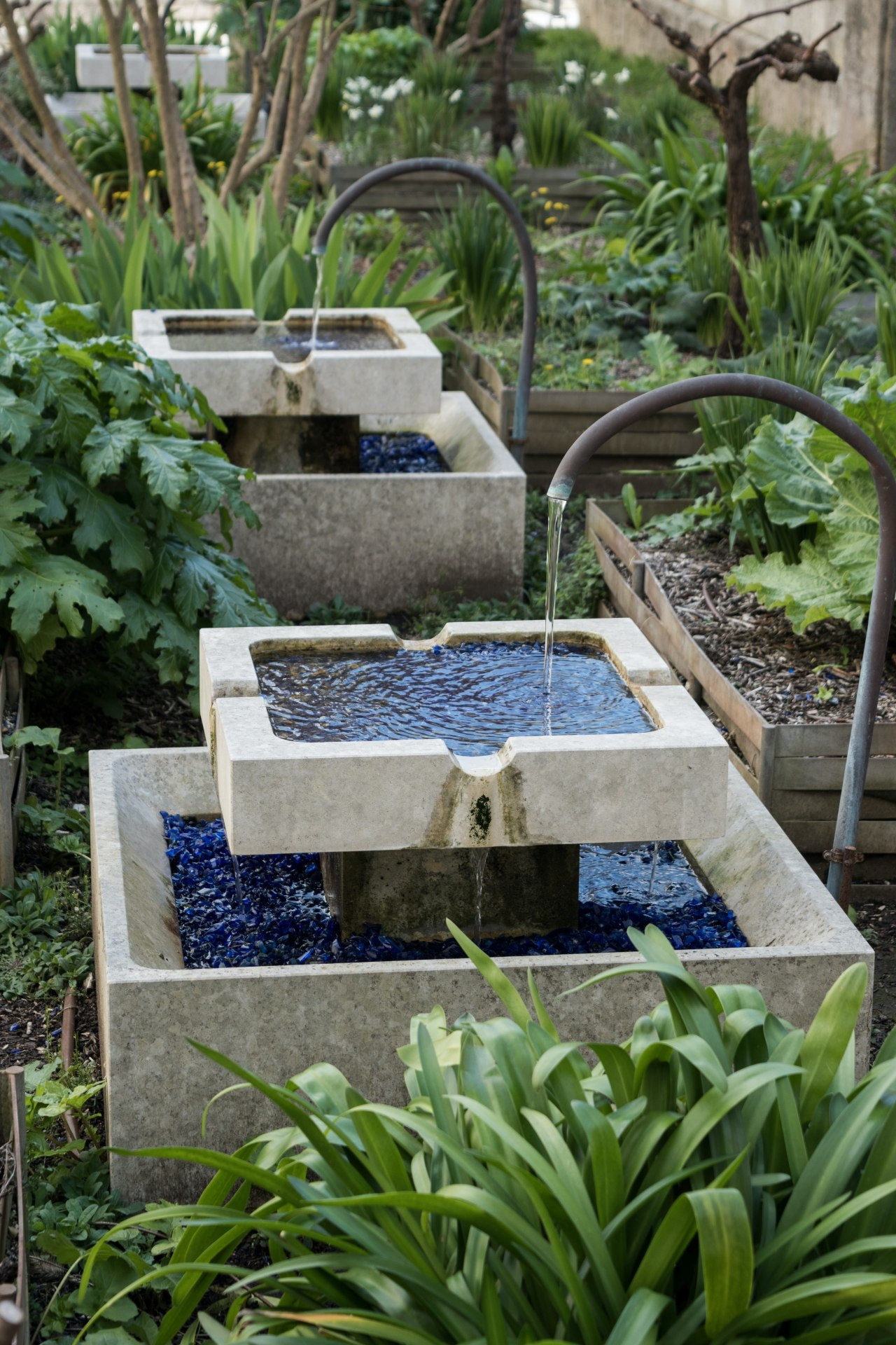 A water feature doesn't have to be of