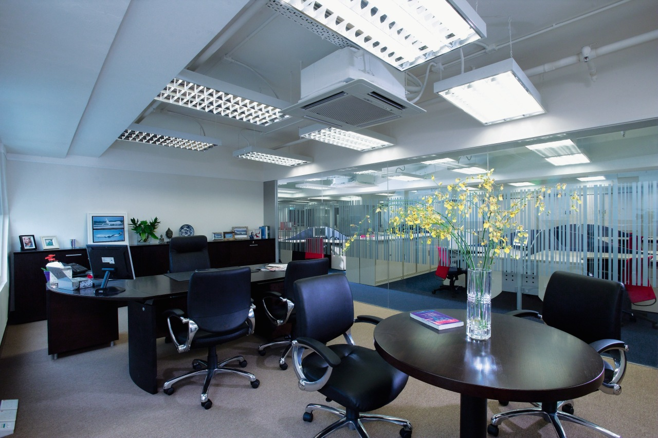 A view of a office. ceiling, conference hall, interior design, office, gray