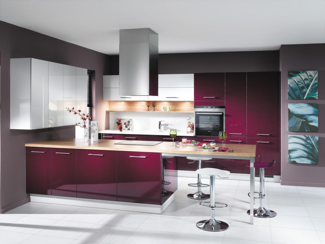 Good taste  Bold, daring designs emphasising vibrant cabinetry, countertop, cuisine classique, furniture, interior design, interior designer, kitchen, product design, white