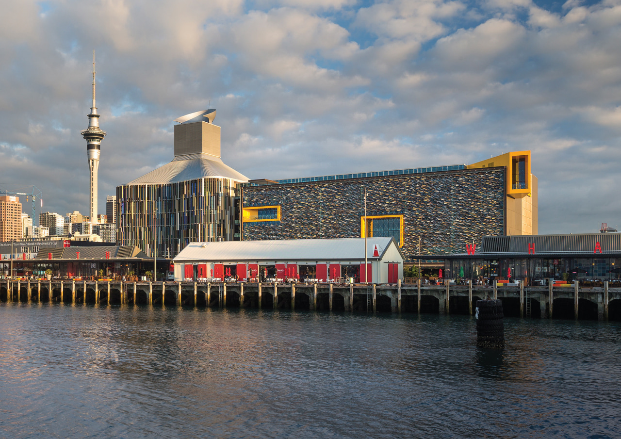 ASBs new headquarters dominates the rejuvenated Auckland waterfront, city, reflection, sky, water, waterway, gray