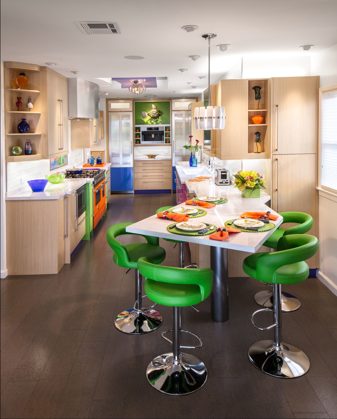 An angled breakfast table maximizes space in the countertop, interior design, kitchen, room, table, white