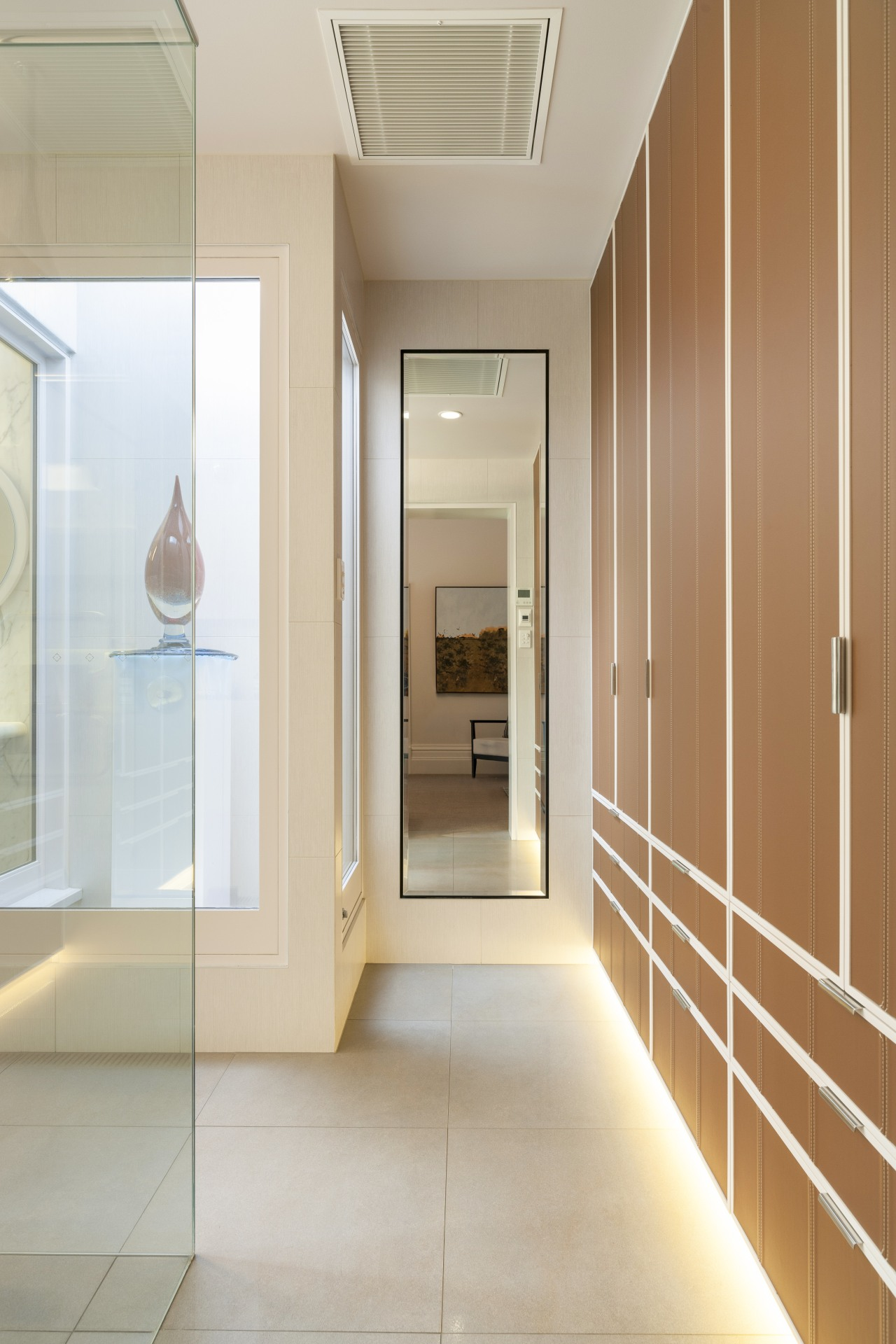 Adjustable shutters optimise light and privacy by turn. ceiling, floor, flooring, interior design, lobby, real estate, gray