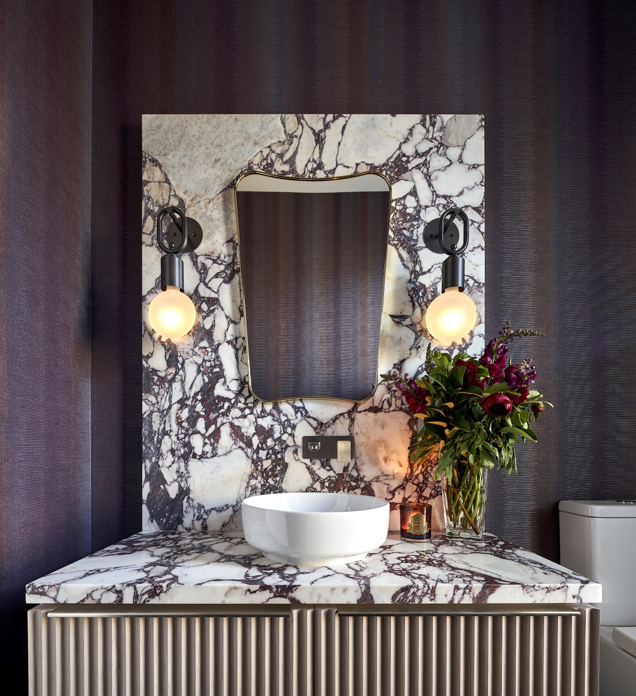 The brief for this powder room by In