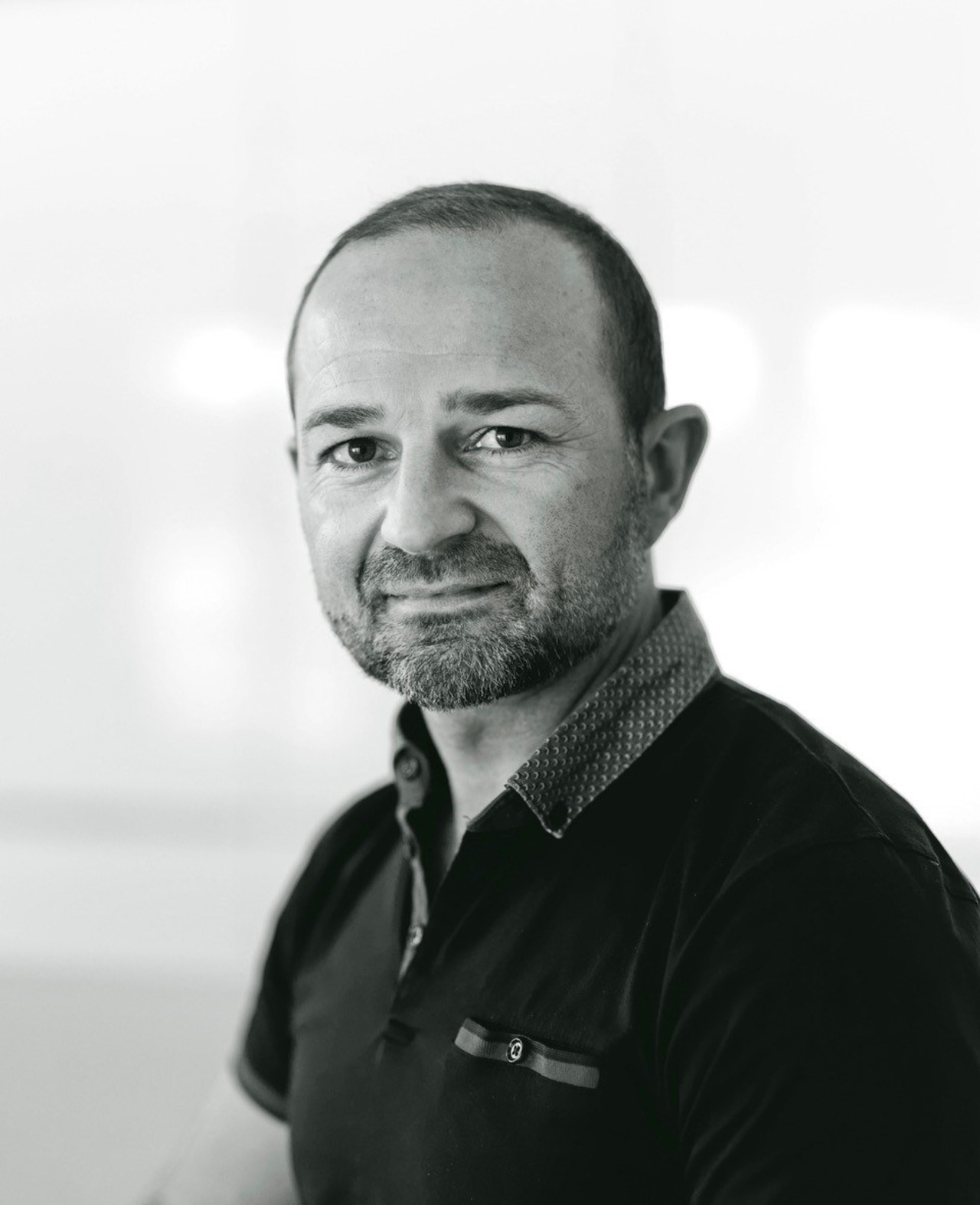 Damian Hannah – owner, manager and designer at white, black