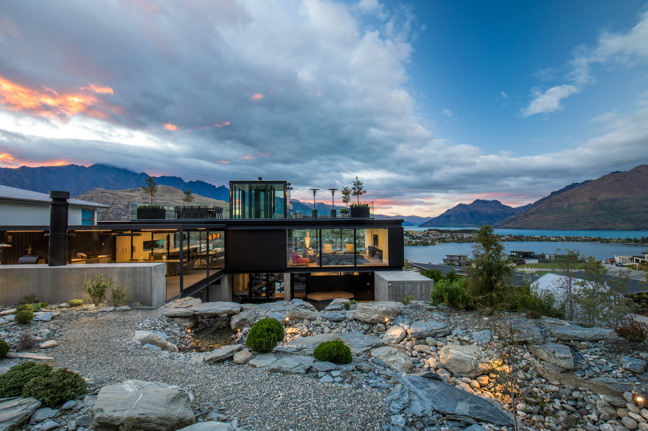 ​​​​​​​A transparent picture of glass walls and slender architecture, home, house, lake, landscape, mountain, Gary Todd Architecture