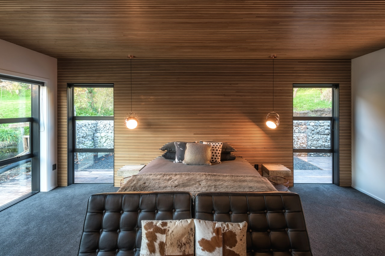​​​​​​​Timber battens on the ceiling and wall behind architecture, home, house, interior design, Kirsty Davis Design, bedroom, master suite, wooden battens