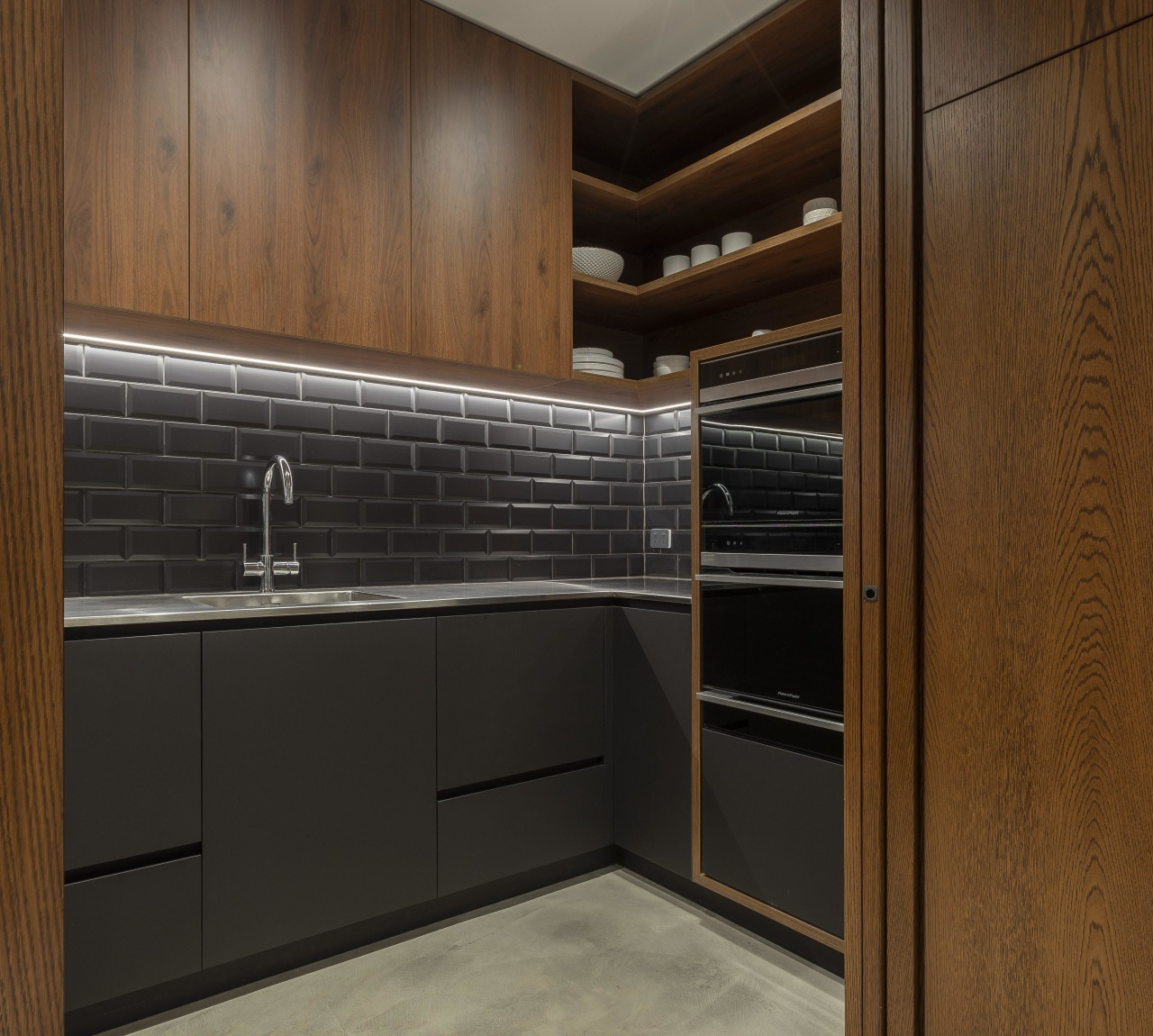 NZ3502 Cube Dentro 339000243 05 - architecture | architecture, building, cabinetry, closet, countertop, cupboard, floor, furniture, interior design, property, room, wood stain, brown, black