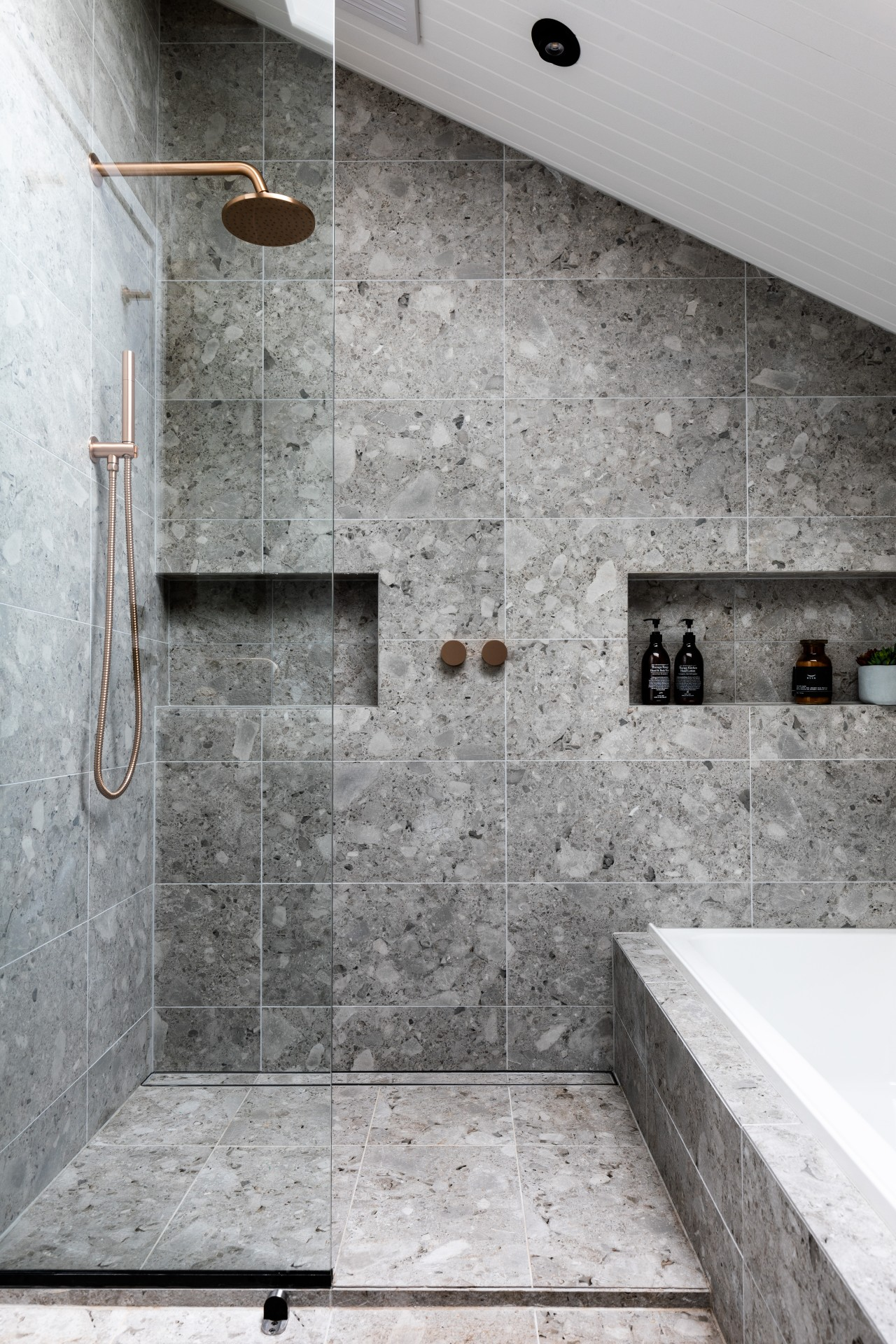 ​​​​​​​A brand new contemporary upstairs bathroom was introduced gray