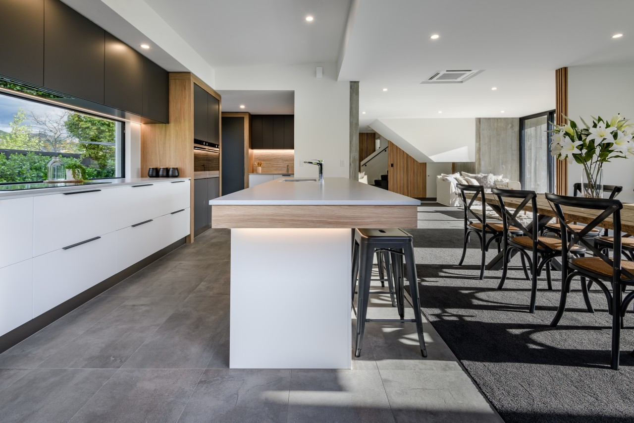 ​​​​​​​This kitchen island offers casual seating and is