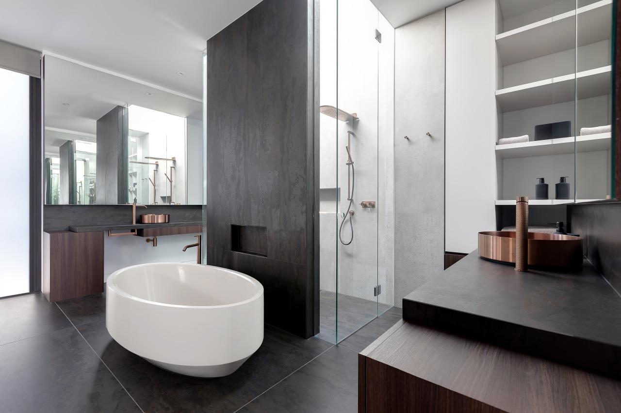 This modern bathroom – by architect Taras Wolf