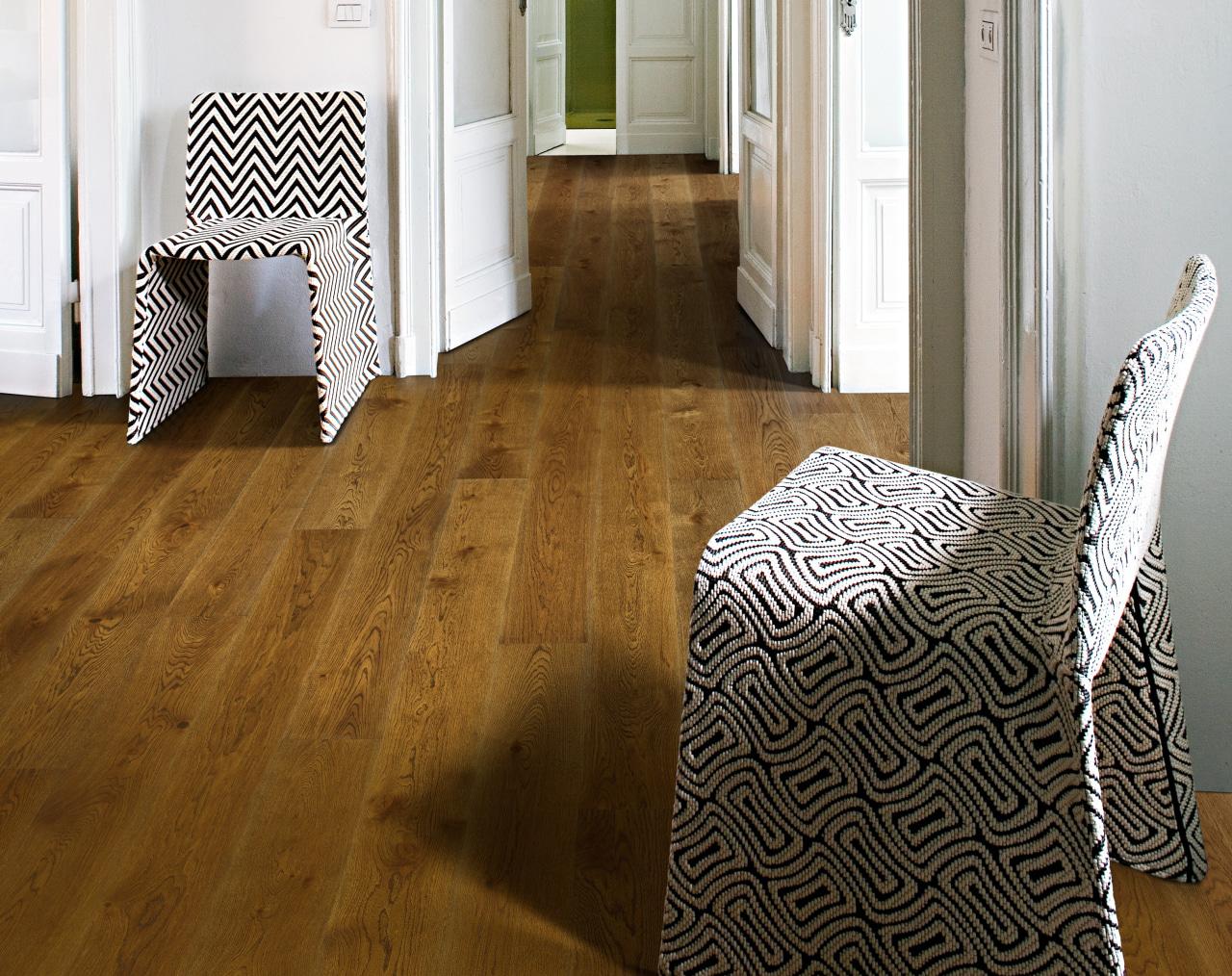 Oak Nouveau Rich cropped -