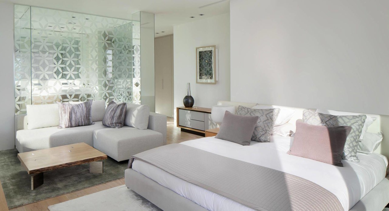 Neutral colour pallet throughout the bedrooms couch, floor, furniture, home, interior design, living room, property, real estate, room, suite, window, gray