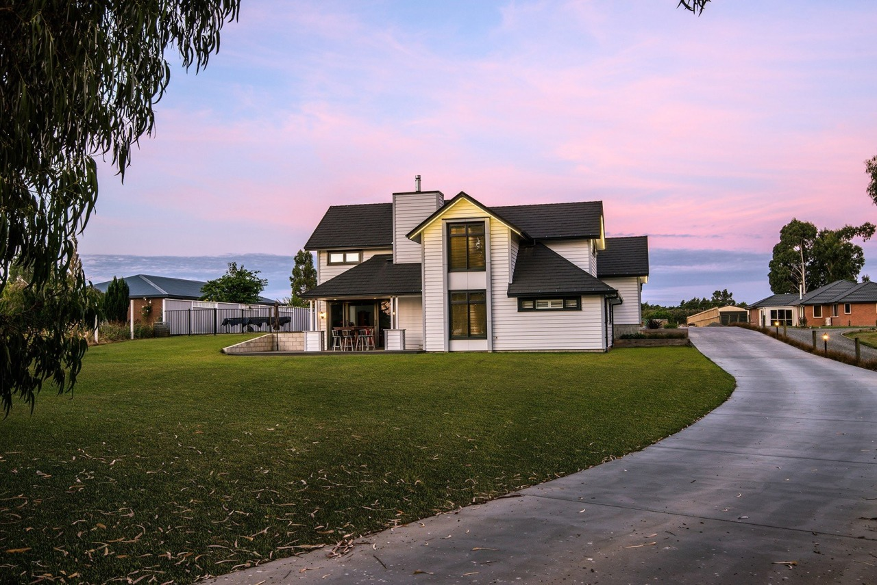 Classic meets contemporary architecture, cottage, estate, facade, farmhouse, home, house, landscape, property, real estate, residential area, sky, suburb, tree, villa, brown
