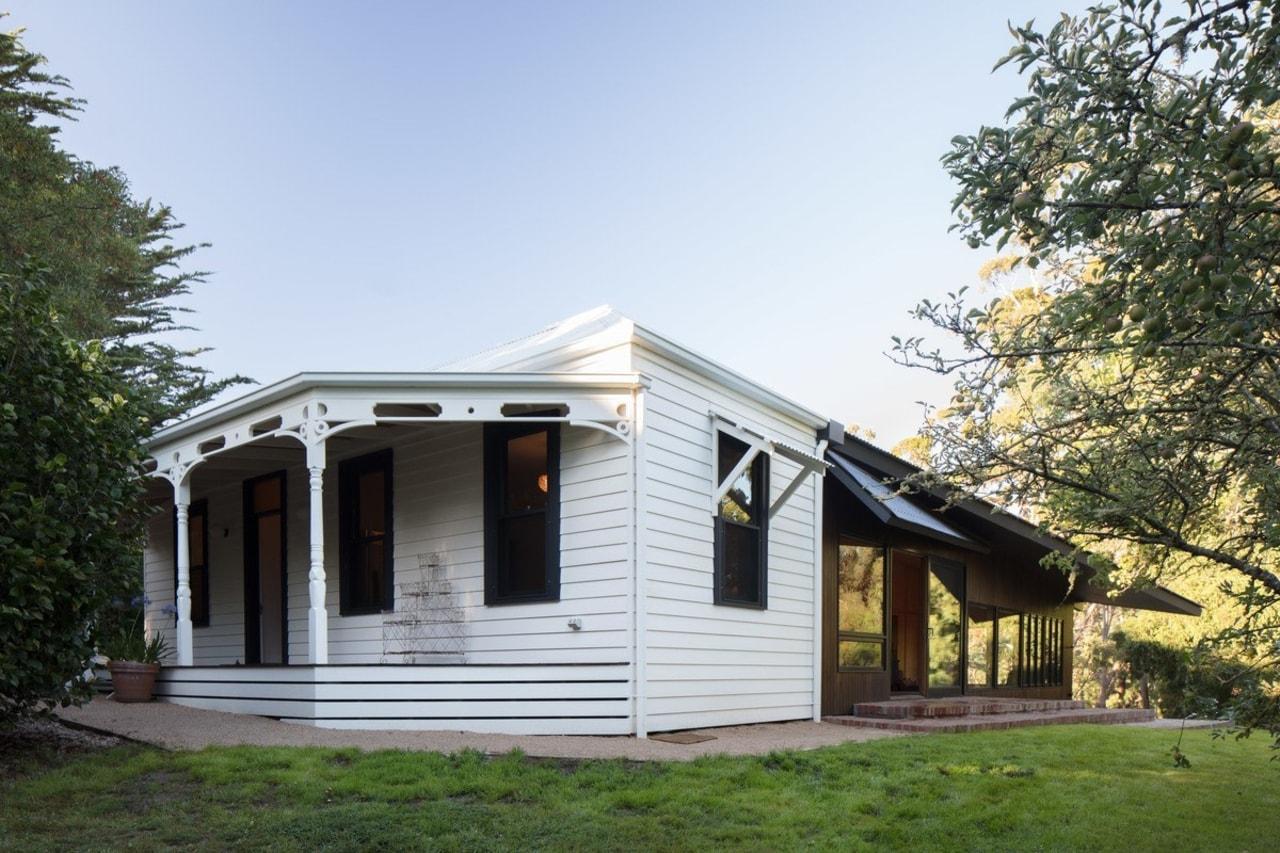 Architect: MRTN ArchitectsPhotography by Nic Granleese cottage, farmhouse, home, house, property, real estate, siding, white