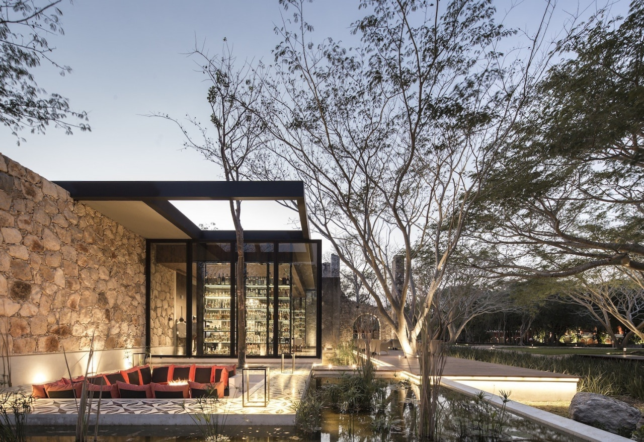 Architect: Central de Proyectos SCP architecture, home, house, property, real estate, gray, black