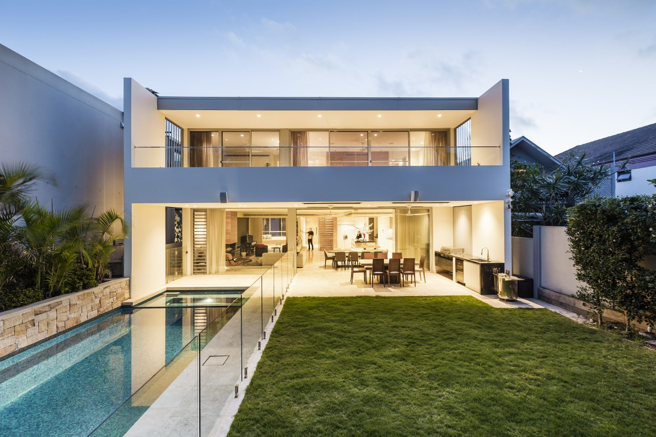 This beachside residence opens up at the rear
