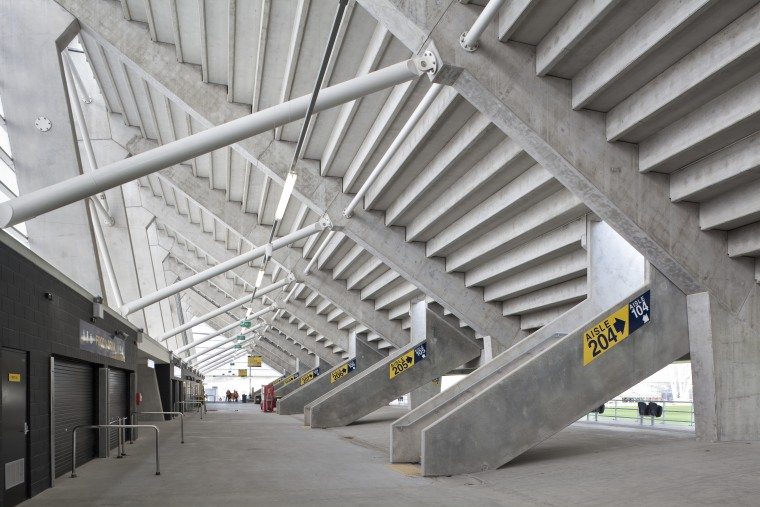 Sinclair Knight Merz (SKM) designed the roof for architecture, daylighting, steel, structure, gray