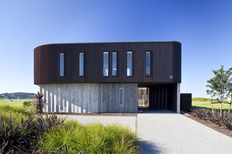 Ponting Fitzgerald-designed beach house architecture, building, corporate headquarters, facade, home, house, property, real estate, sky, teal