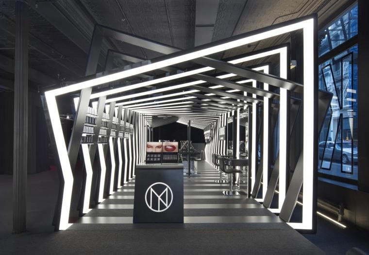 02 Zha Il Makiage Photo By Paul Warchol architecture, structure, black