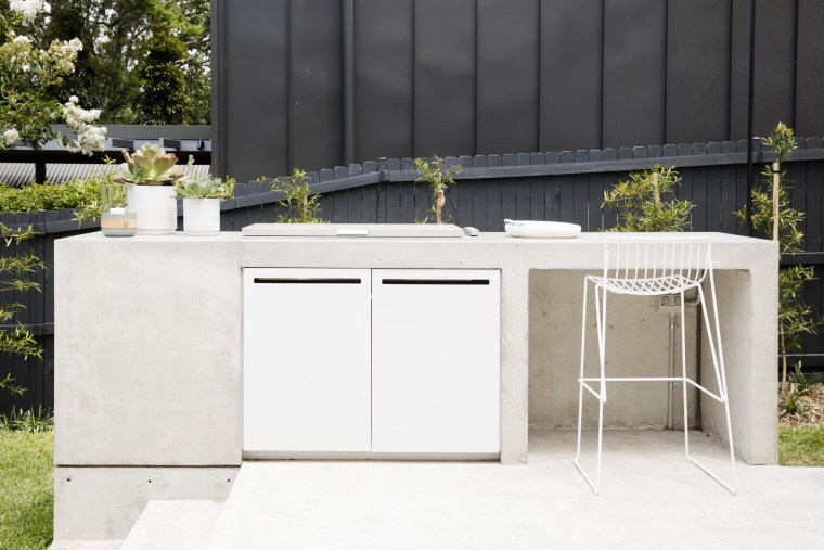 In an extension that already improves culinary connections Outdoor Kitchen, Studio Prineas, outdoor barbecue, outdoor space