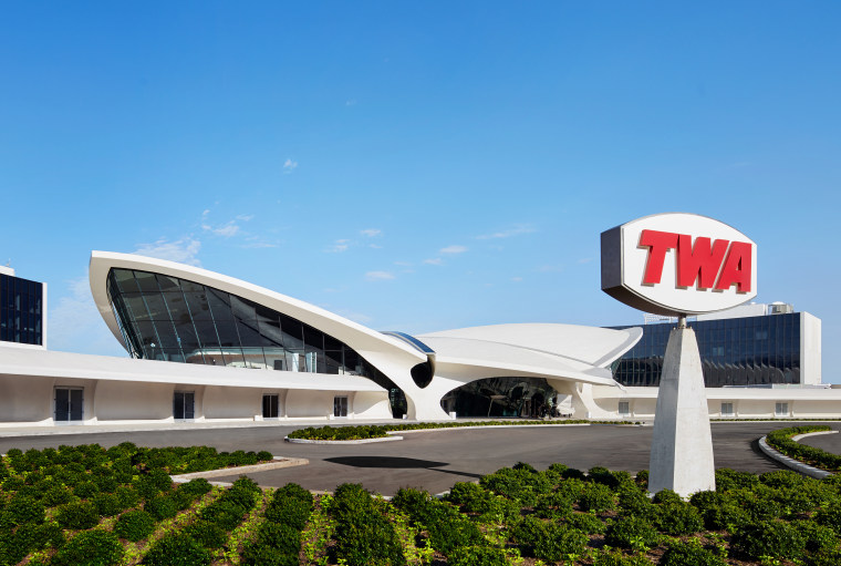 The fluid lines of the existing TWA Terminal architecture, arena, building, commercial building, convention center, corporate headquarters, facade, headquarters, mixed-use, real estate, sport venue, stadium, teal