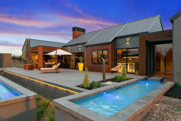 B0ae12c0aa5733c1319e2f383dfa162618f25525 - architecture | backyard | building | architecture, backyard, building, courtyard, design, estate, facade, home, house, interior design, landscaping, leisure, patio, property, real estate, residential area, roof, room, swimming pool, vacation, villa, yard, gray