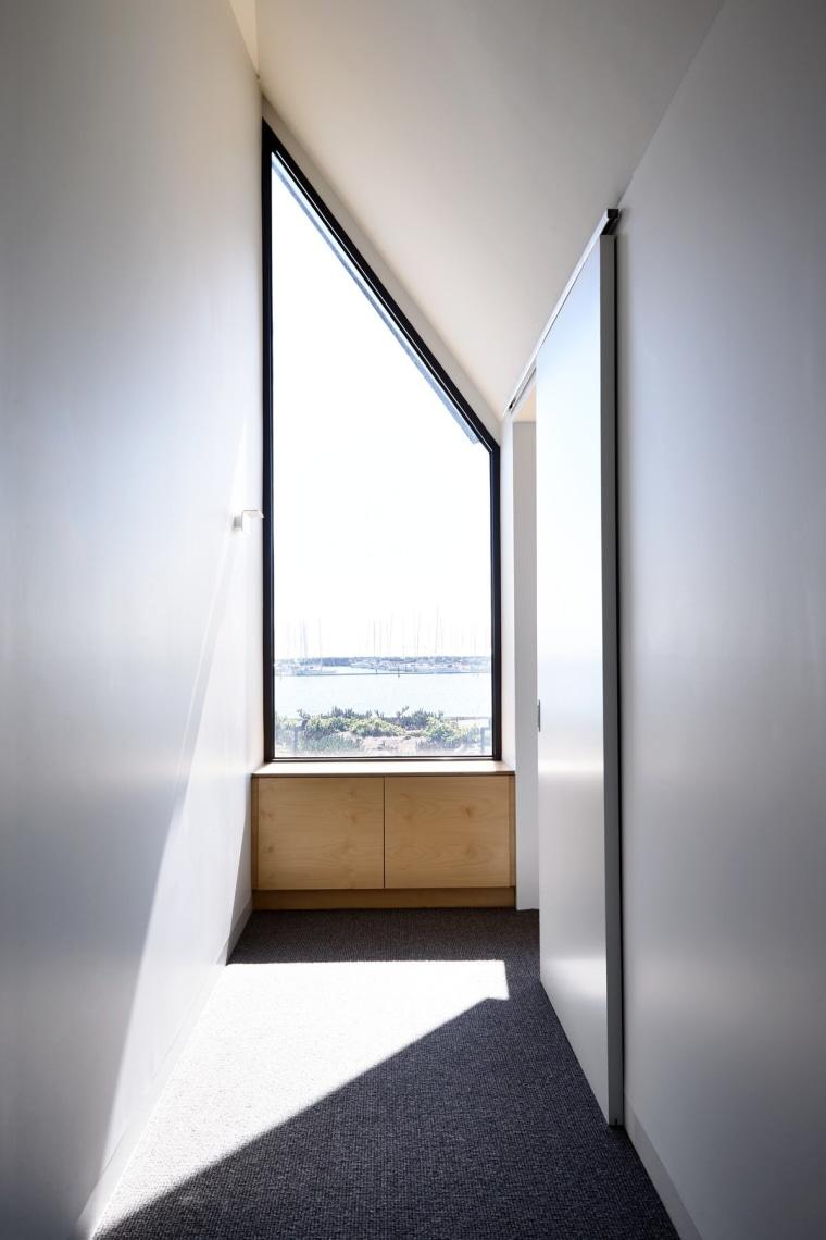 Architect: David Vernon ArchitectPhotography by Derek Swalwell architecture, ceiling, daylighting, home, house, interior design, real estate, window, white, gray