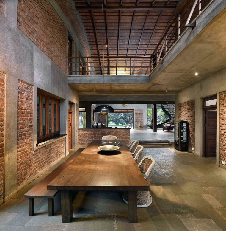 Architect: Studio PKA http://www.purankumar.com/Photographer: Amit Pasricha ceiling, courtyard, daylighting, estate, interior design, living room, lobby, brown