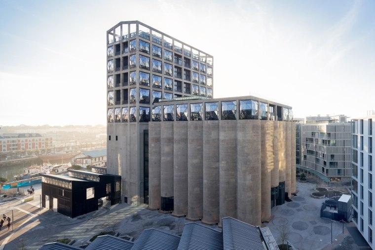 The Zeitz Museum of Contemporary Art Africa (Zeitz architecture, building, commercial building, condominium, corporate headquarters, facade, headquarters, metropolis, mixed use, white, gray
