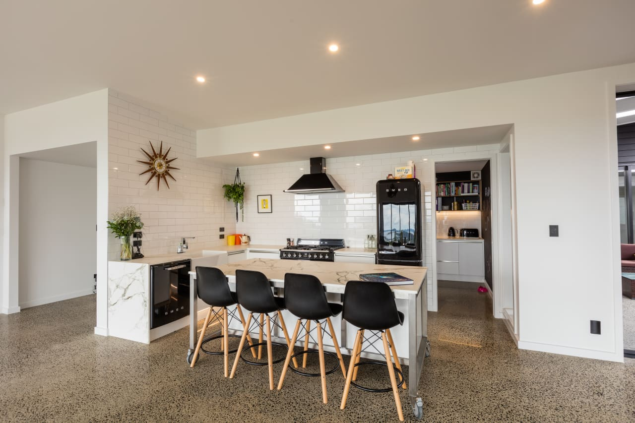 This Kitchen S Black And White Theme Complements Trends,Pop Simple Design For Hall Without Ceiling