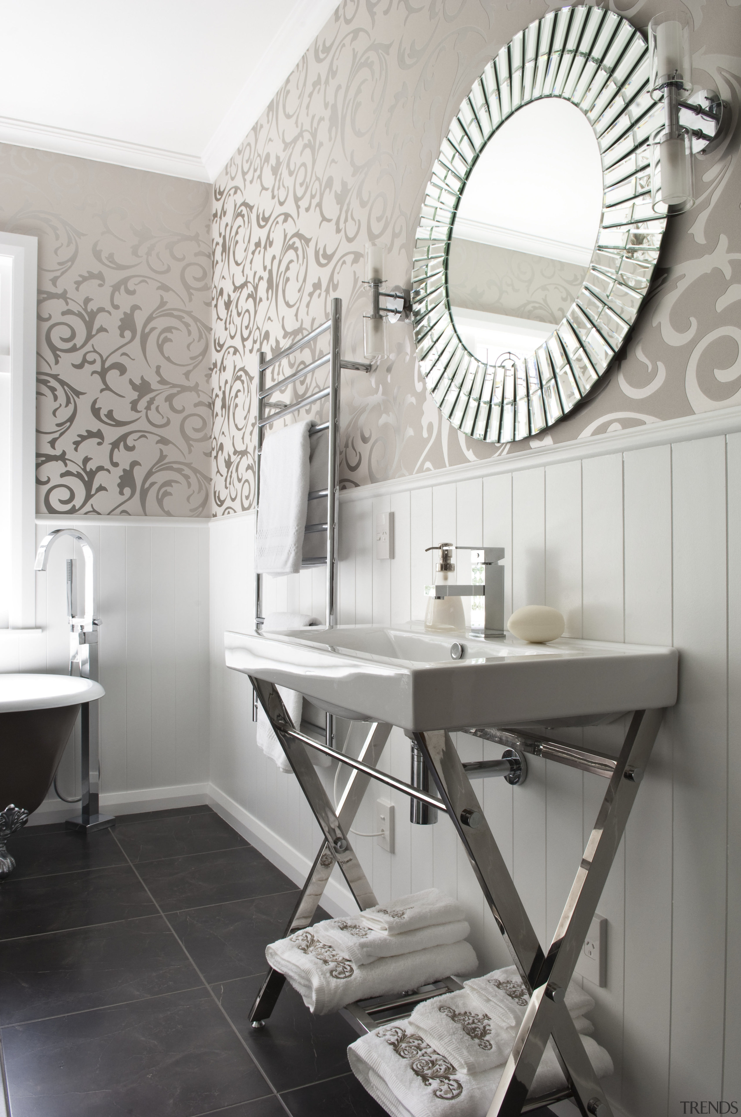 View of bathroom in a 1930s bungalow designed by D... | Trends