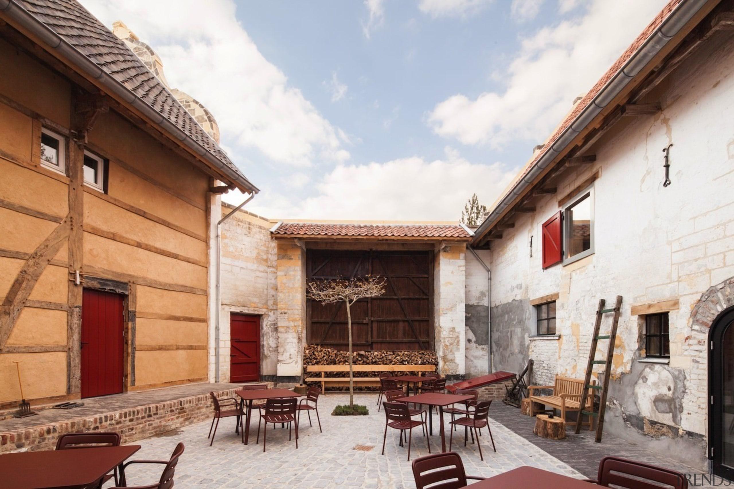 Architect: Meccanoo building, courtyard, facade, white