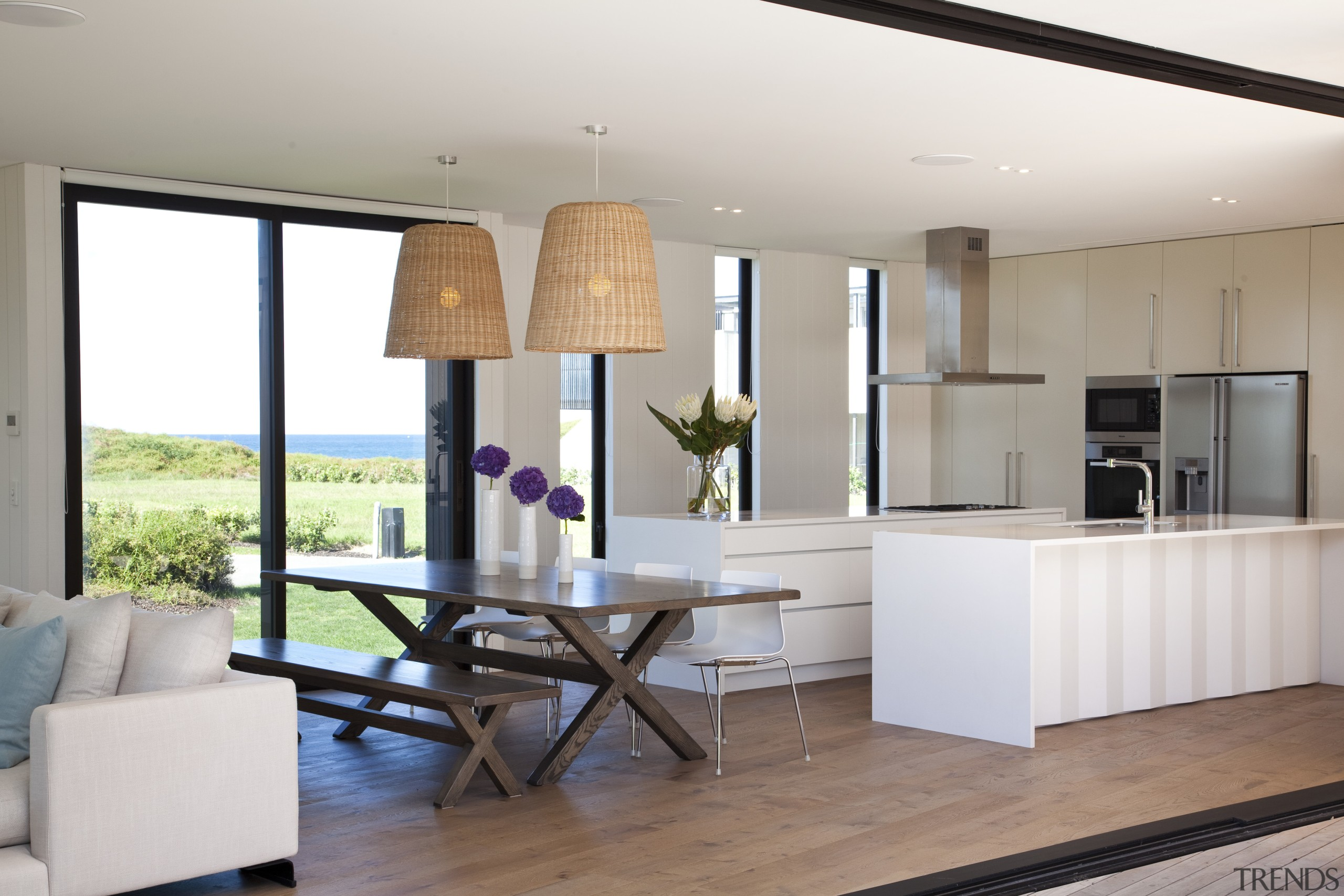 Ponting Fitzgerald-designed beach house - Ponting Fitzgerald-designed beach house, interior design, kitchen, living room, real estate, table, white