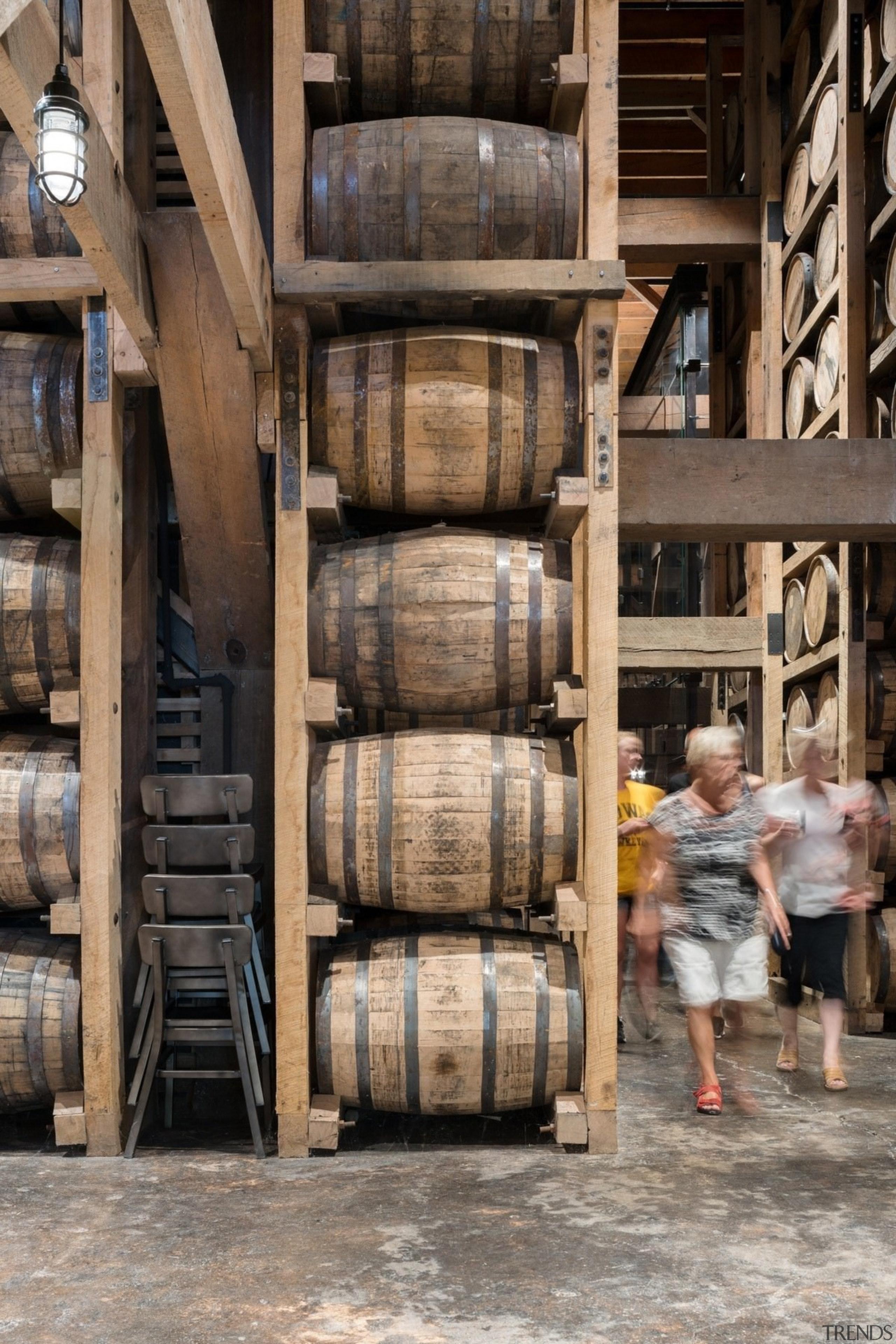 Barrel house - Barrel house - wood | wood, black, gray