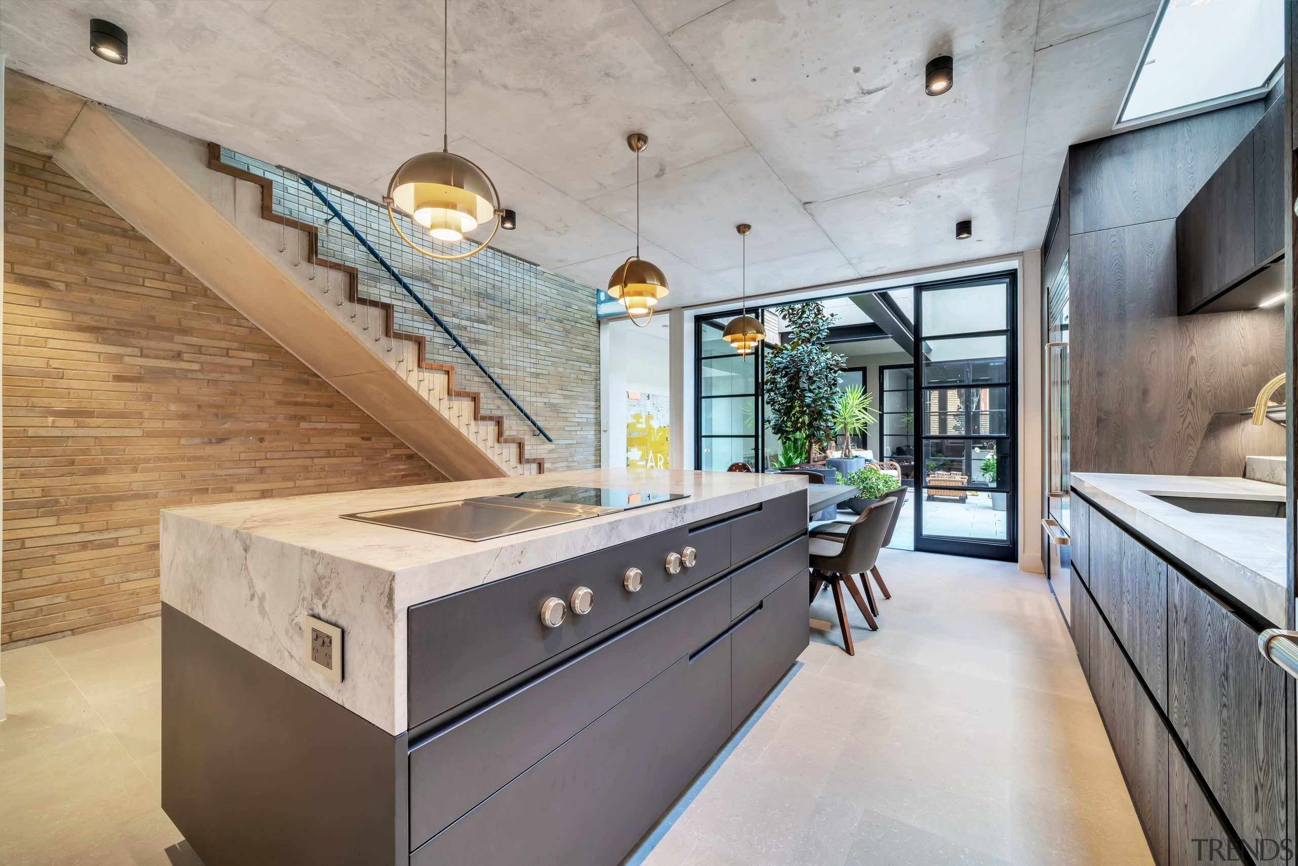 Flat-out efficient – cooking and entertaining at the