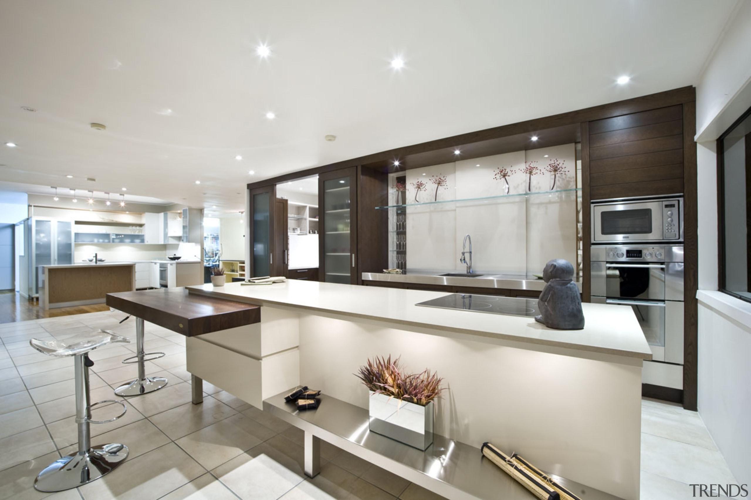 Greenlane - countertop | cuisine classique | interior countertop, cuisine classique, interior design, kitchen, real estate, gray, white