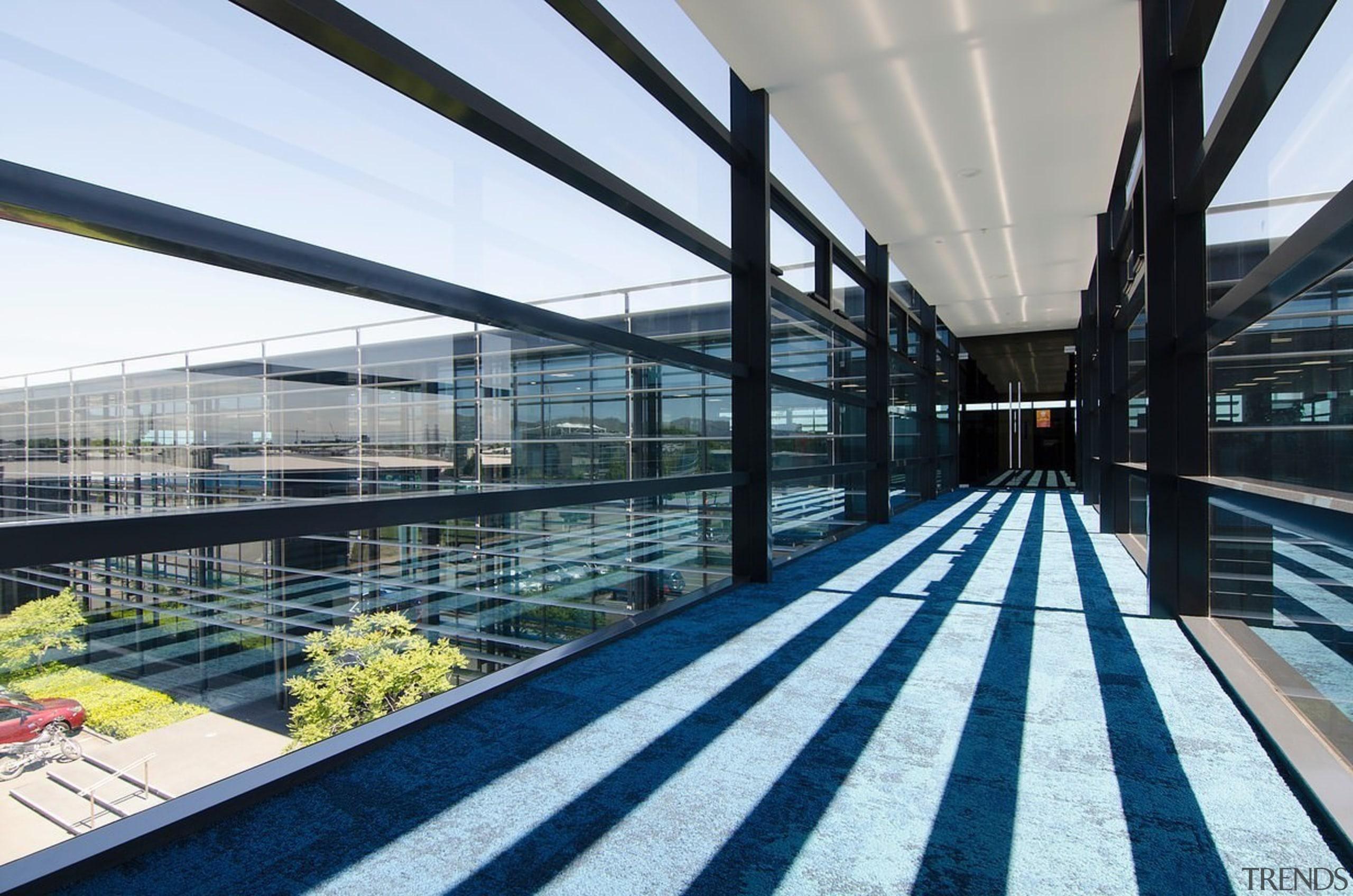Airbridge - Airbridge - architecture | building | architecture, building, daylighting, metropolitan area, real estate, roof, structure, white
