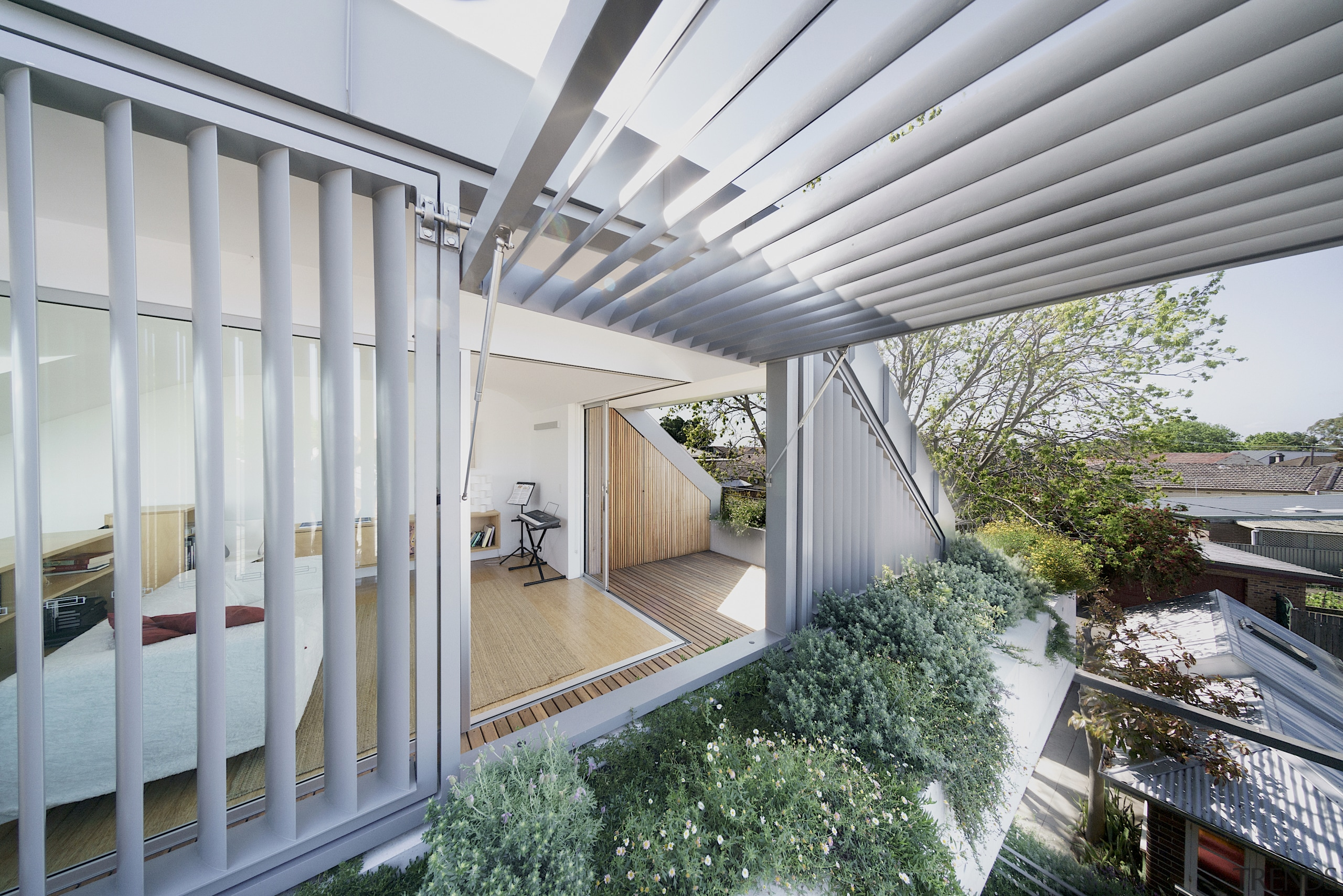 The house maximises passive heating and cooling and