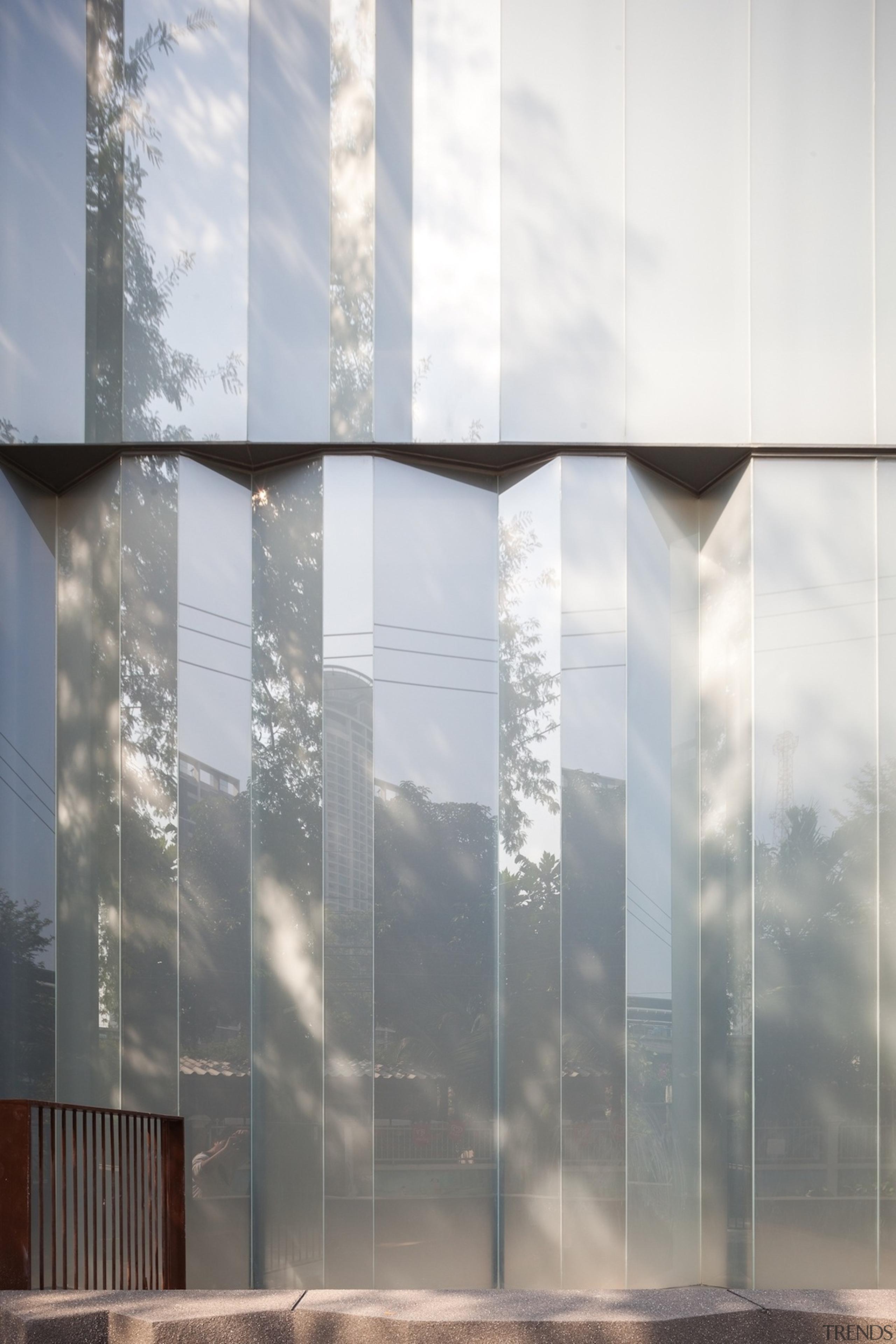 Naiipa 19 - architecture | building | daytime architecture, building, daytime, facade, glass, reflection, sky, sunlight, window, gray, white