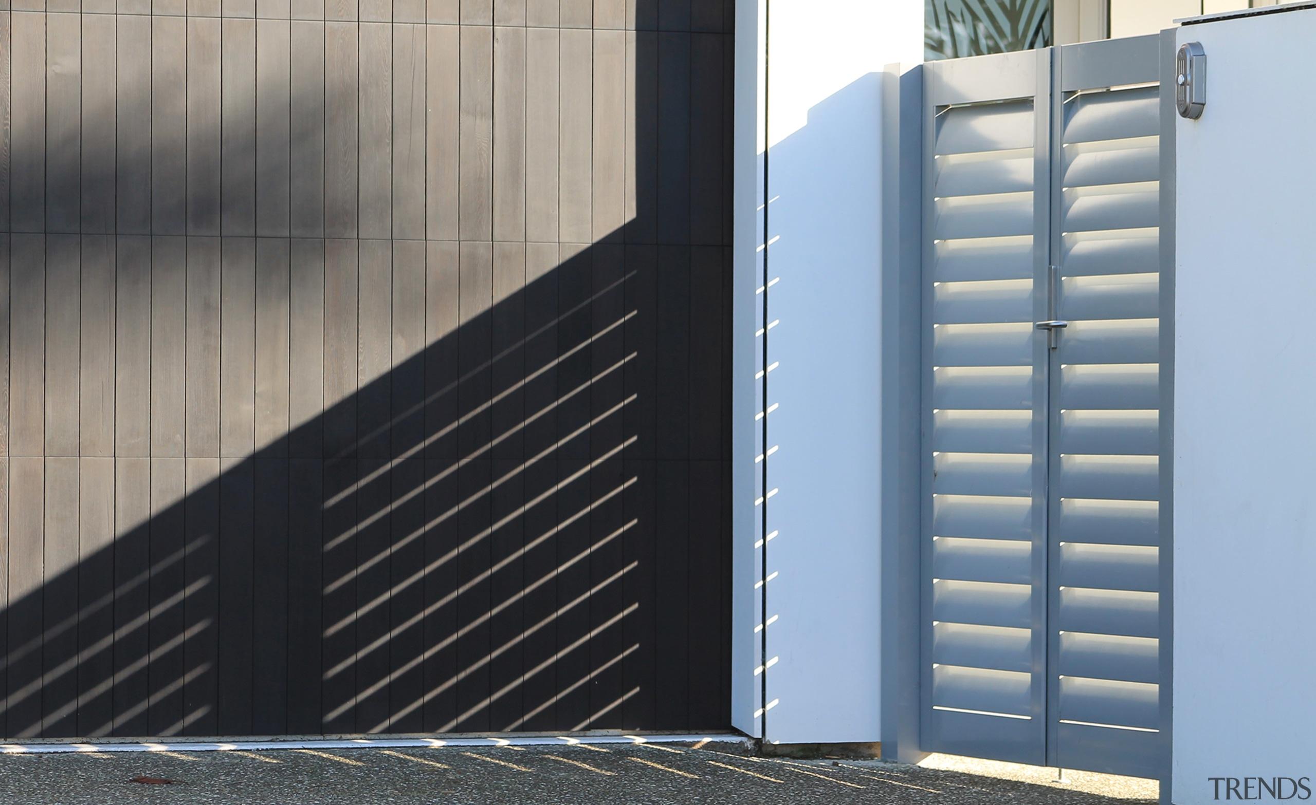 78580_louvretec-new-zealand-ltd_1556758041 - architecture   blue   composite material architecture, blue, composite material, daylighting, door, facade, gate, line, wall, window, gray, black