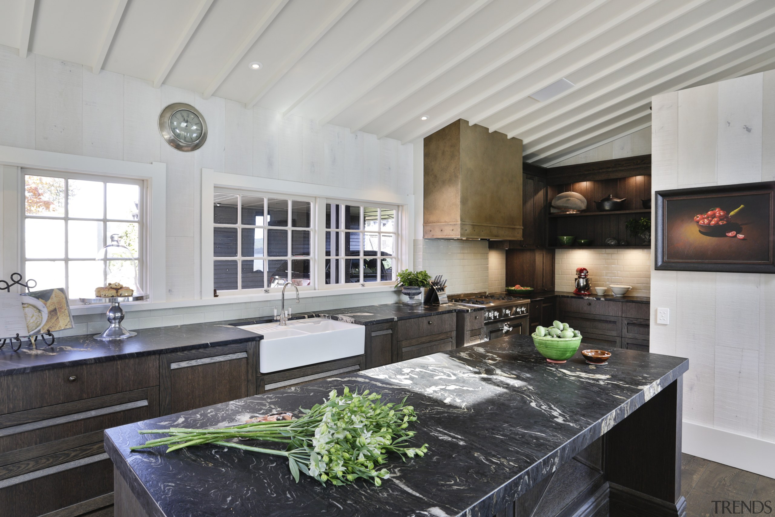 ​​​​​​​This kitchen is spacious and easy to use gray, black