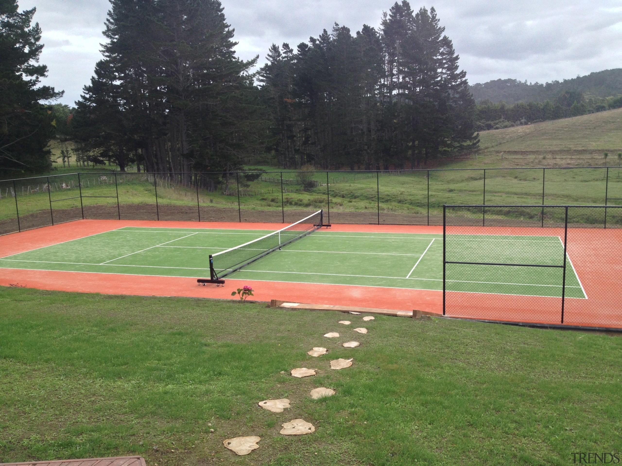 Sport - area   ball game   grass area, ball game, grass, leisure, net, sport venue, sports, structure, tennis court, green