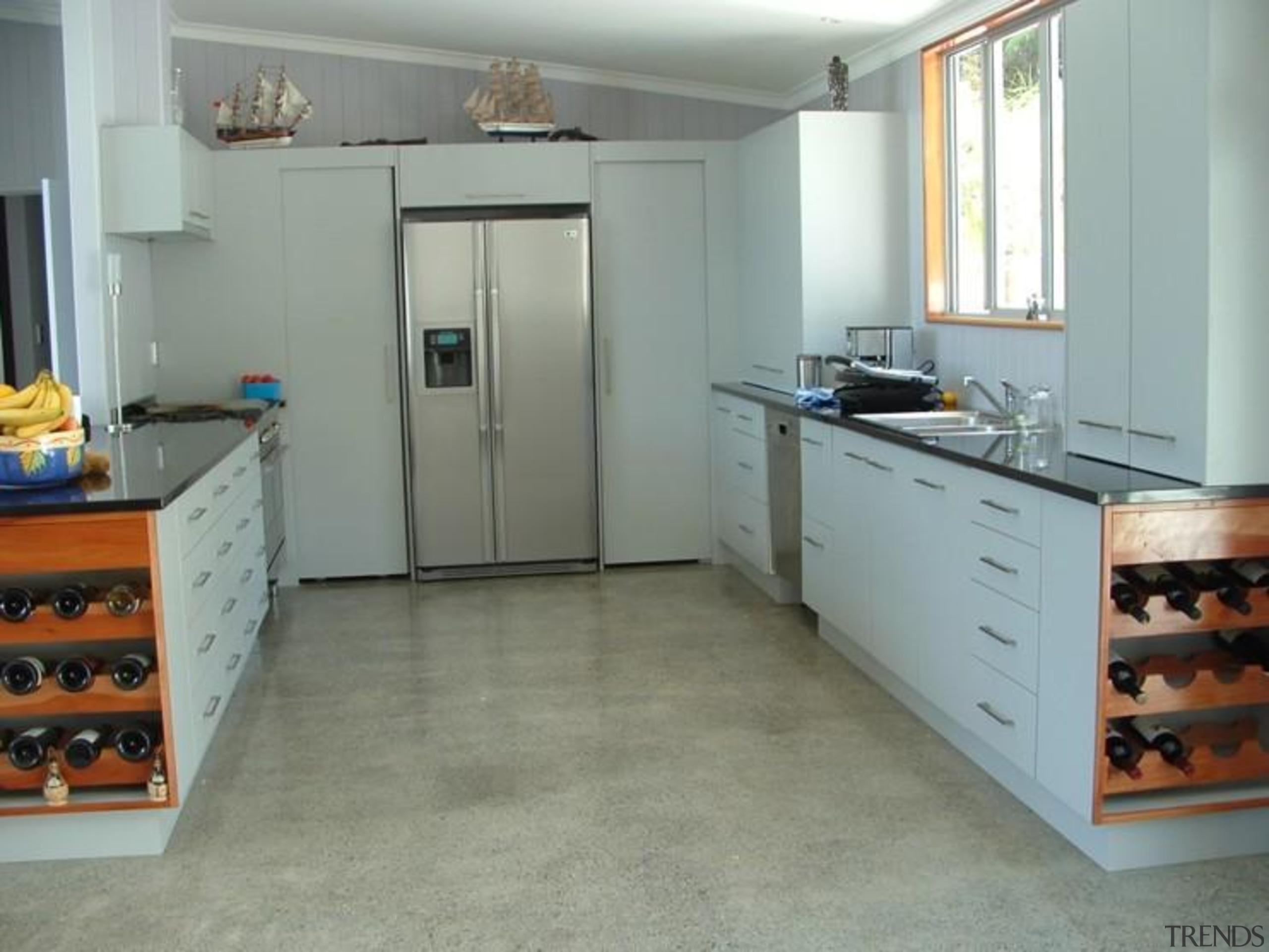 Longbeach Home 2 - cabinetry | countertop | cabinetry, countertop, floor, flooring, hardwood, kitchen, room, tile, gray